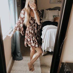 American Eagle Red Floral Wrap Kimono Dress